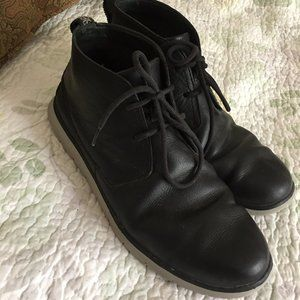 UGG EnerG Comfort Mens Freamon Ankle Chukka Boots